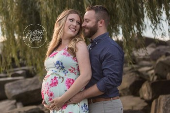 Cleveland Pregnancy Photographer | Waiting on Baby A