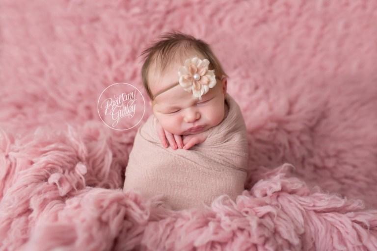 Rocky River Newborn | Rocky River Newborn | Potato Sack Newborn | Newborn Baby | Brittany Gidley Photography LLC | Rocky River, Ohio