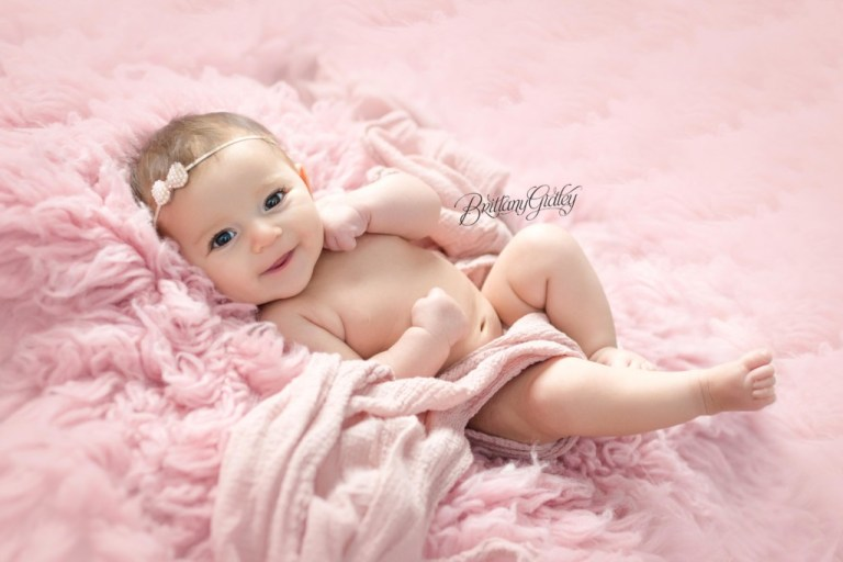 2 Month Old Baby | Introducing Josie | Best Baby Photographers | Cleveland Ohio Baby Photography | Itty Bitty Babies