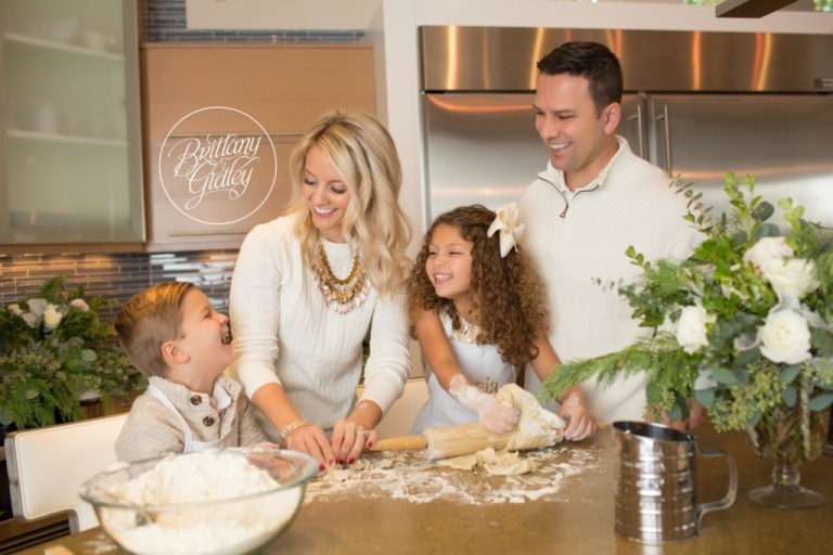 Home For The Holidays Dream Mini Sessions | Cookies For Santa | Christmas Mini Session Ideas | Christmas Card Pose Ideas | Brittany Gidley Photography LLC