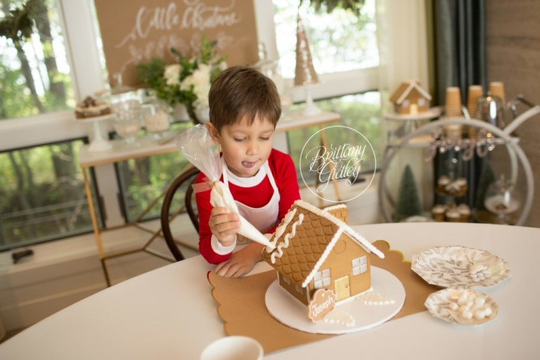 Children Decorating Gingerbread Houses | Christmas Traditions