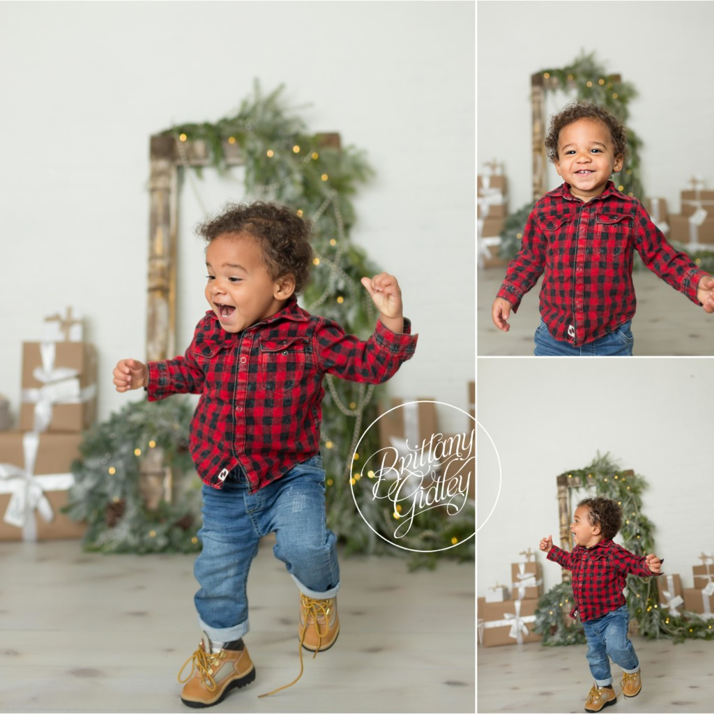Sparkle and Shine Studio Mini Sessions | Studio Mini Session Ideas | Best Child Christmas Cards