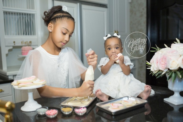 Love Is The Secret Ingredient Dream Session | Baking Photo Shoot