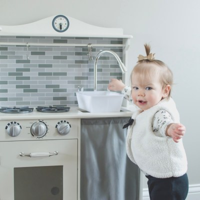 7 Ways I Live Simply with a Toddler