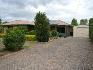 12 Sunwest Court Plainland Qld 4341