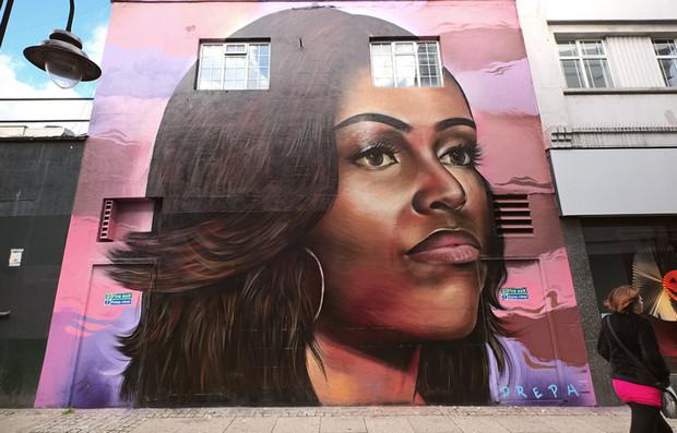 UK artist creates stunning 30ft mural of Michelle Obama in Brixton