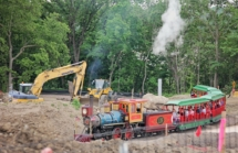 HD Zoo Train 05