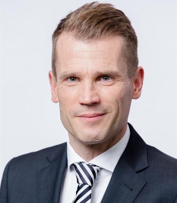Dirk Große