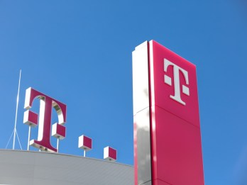 "Deutsche Telekom: Vodafone/Liberty Global tie-up ""unacceptable"""
