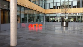 Arte goes live in English and Spanish