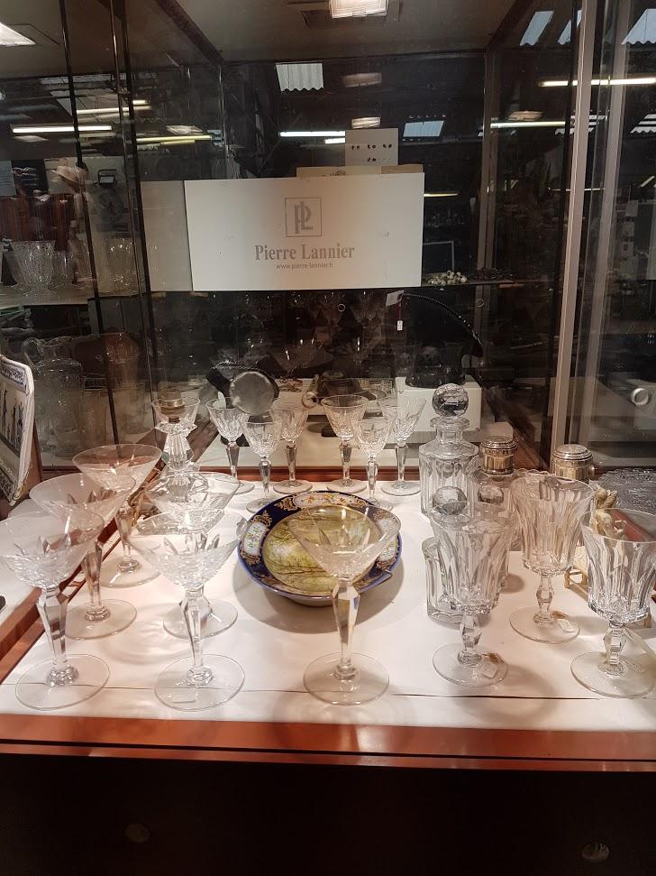 Brocante Saint Michel Plozevet cristal