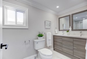 6 Cathcart Crescent Bathroom
