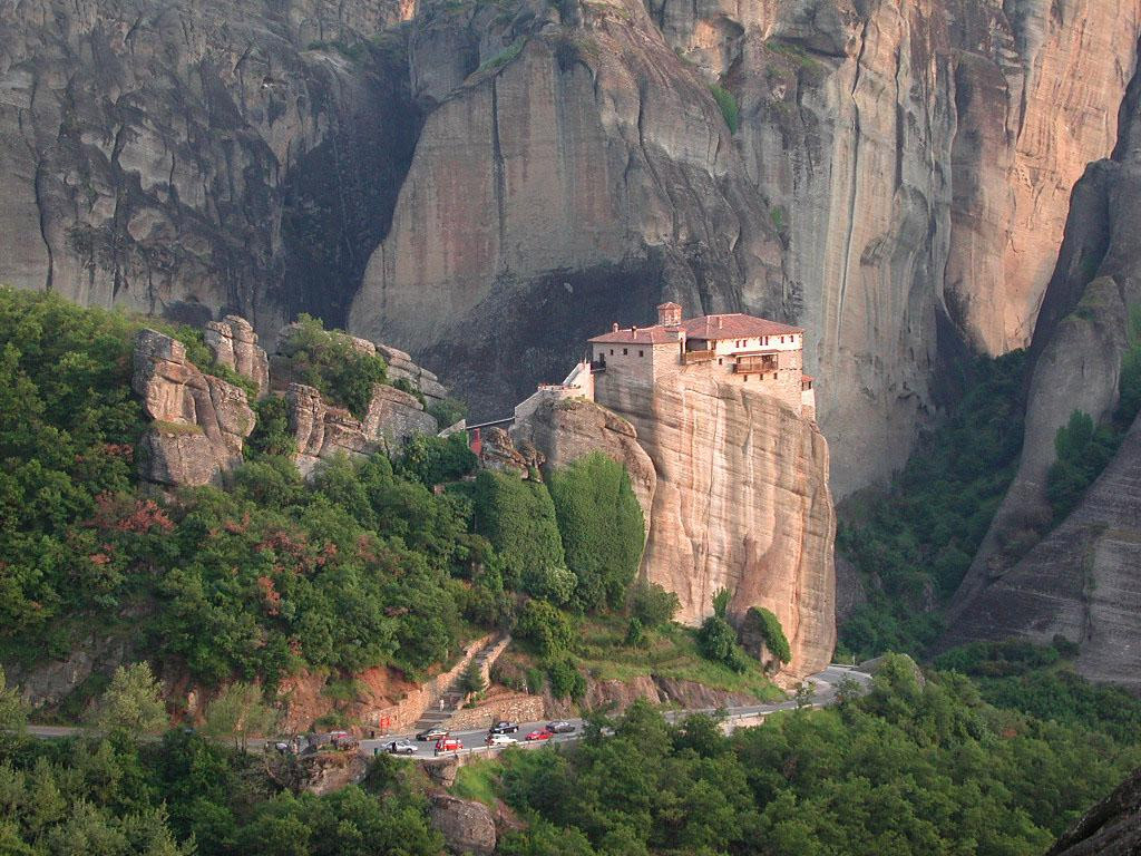 https://i2.wp.com/www.brodyaga.ru/pages/photos/Greece/Meteora%20Greece%201138423215.jpg