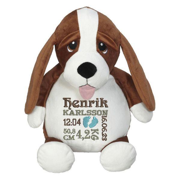 En härlig blodhund som heter Hubert, med plats för en stor personlig brodyr på magen.