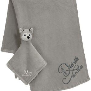 Brodyrverksta´n AB - Snuttefilt set Huskey hund, 1 snuttefilt med ett mjukt och gosigt huvud, 1 mjuk och härlig filt att gosa med. Båda med personlig brodyr