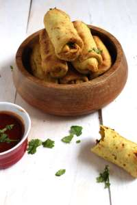 Healthy Vegan Samosas - Forget about your old greasy, deep fried samosas, these are healthy, easy to make and a sure way to impress your guests.