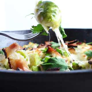 Keto Brussel Sprouts Casserole - Get you're bake on and bacon, from this amazing and easy keto recipe. Rich in nutrients and very easy to make.