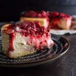 NYC Style Keto Cheesecake Recipe | This easy recipe for a baked keto cheesecake is the low-carb treat #keto #ketorecipes #ketodesserts