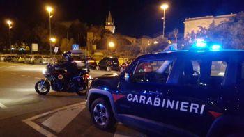 BRONTE: TENTA DI RUBARE NELL'ABITAZIONE DEI VICINI MA VIENE PRESO