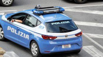 ADRANO: POLIZIOTTI SEDANO RISSA