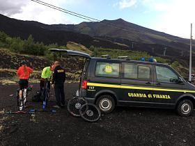 NICOLOSI: GDF SOCCORRE DUE BIKERS IN DIFFICOLTA'