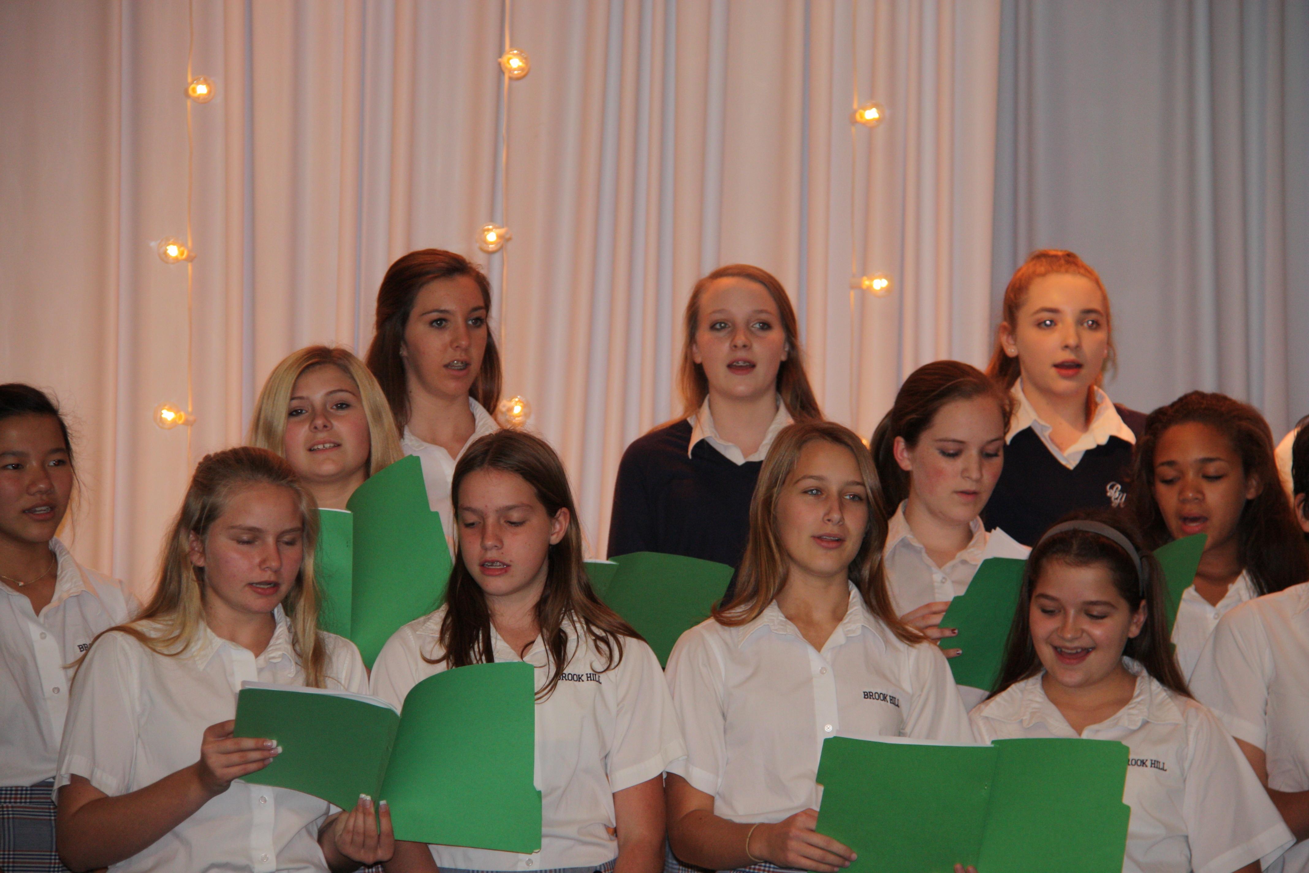 Middle School Choir Sings At Mistletoe Amp Magic