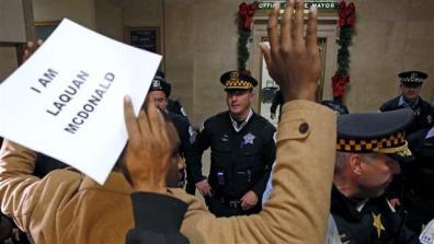 chicago_protest001_16x9