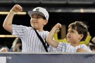 young baseball fans_001