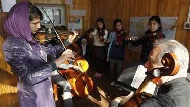 afghanistan_music001_16x9
