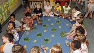 education_classroom002_16x9
