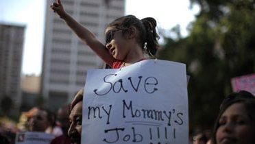 education_protest001_16x9