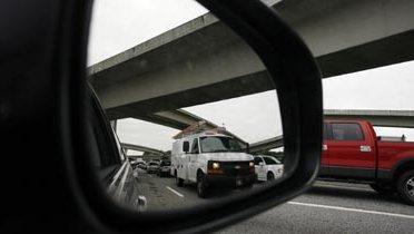 highway_rearview001_16x9