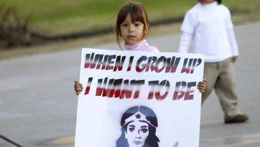 immigrant_child001_16x9