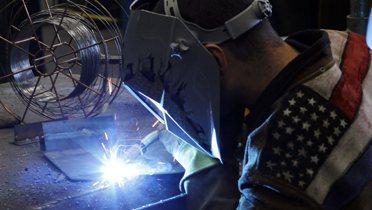 jobs_welding001_16x9