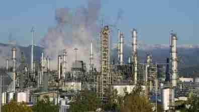 oil question of economics 2014_16x9