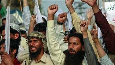 pakistan_rally005_16x9