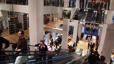shopping006_16x9