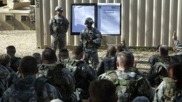 soldier_briefing001_16x9