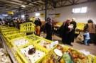 syria_refugees_zataari_supermarket