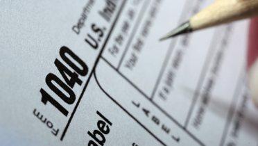 tax_form001_16x9