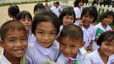 thai_students001_16x9