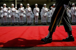 Taiwanese honour guards stand during a ceremony to mark the 92nd anniversary of the Whampoa Military Academy, in Kaohsiung, southern Taiwan June 16, 2016. REUTERS/Tyrone Siu TPX IMAGES OF THE DAY - RTX2GHZ3