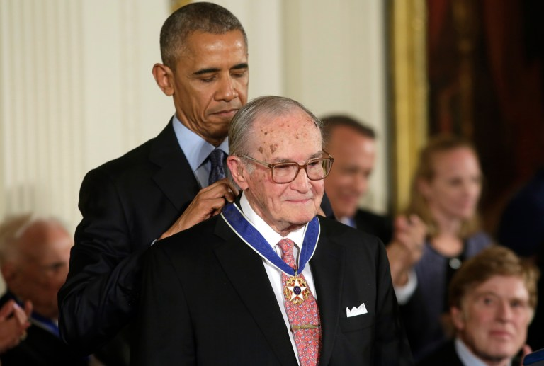 U.S. President Barack Obama awards attorney Newt Minow (R) the Presidential Medal of Freedom