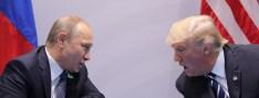 Russia's President Vladimir Putin talks to U.S. President Donald Trump during their bilateral meeting at the G20 summit in Hamburg, Germany July 7, 2017. REUTERS/Carlos Barria - RTX3AID8