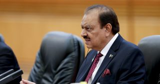 Pakistan President Mamnoon Hussain meets with Chinese President Xi Jinping (not pictured) at The Great Hall Of The People in Beijing, China September 2, 2015. REUTERS/Lintao Zhang/Pool - GF10000189784