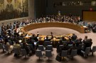 The United Nations Security Council votes to approve a resolution at the U.N. headquarters in New York July 20, 2015. The United Nations Security Council on Monday endorsed a deal to curb Iran's nuclear program in return for sanctions relief, but it will be able to re-impose U.N. penalties during the next decade if Tehran breaches the historic agreement.   REUTERS/Mike Segar - GF10000164772