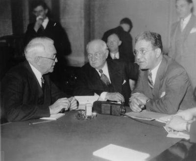 Senator James Couzens, Chairman Duncan Fletcher, and Ferdinand Pecora [Credit: Library of Congress]