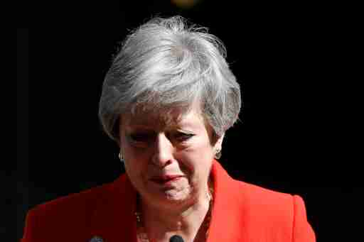British Prime Minister Theresa May reacts as she delivers a statement in London, Britain, May 24, 2019. REUTERS/Toby Melville - RC1BF4ADB330