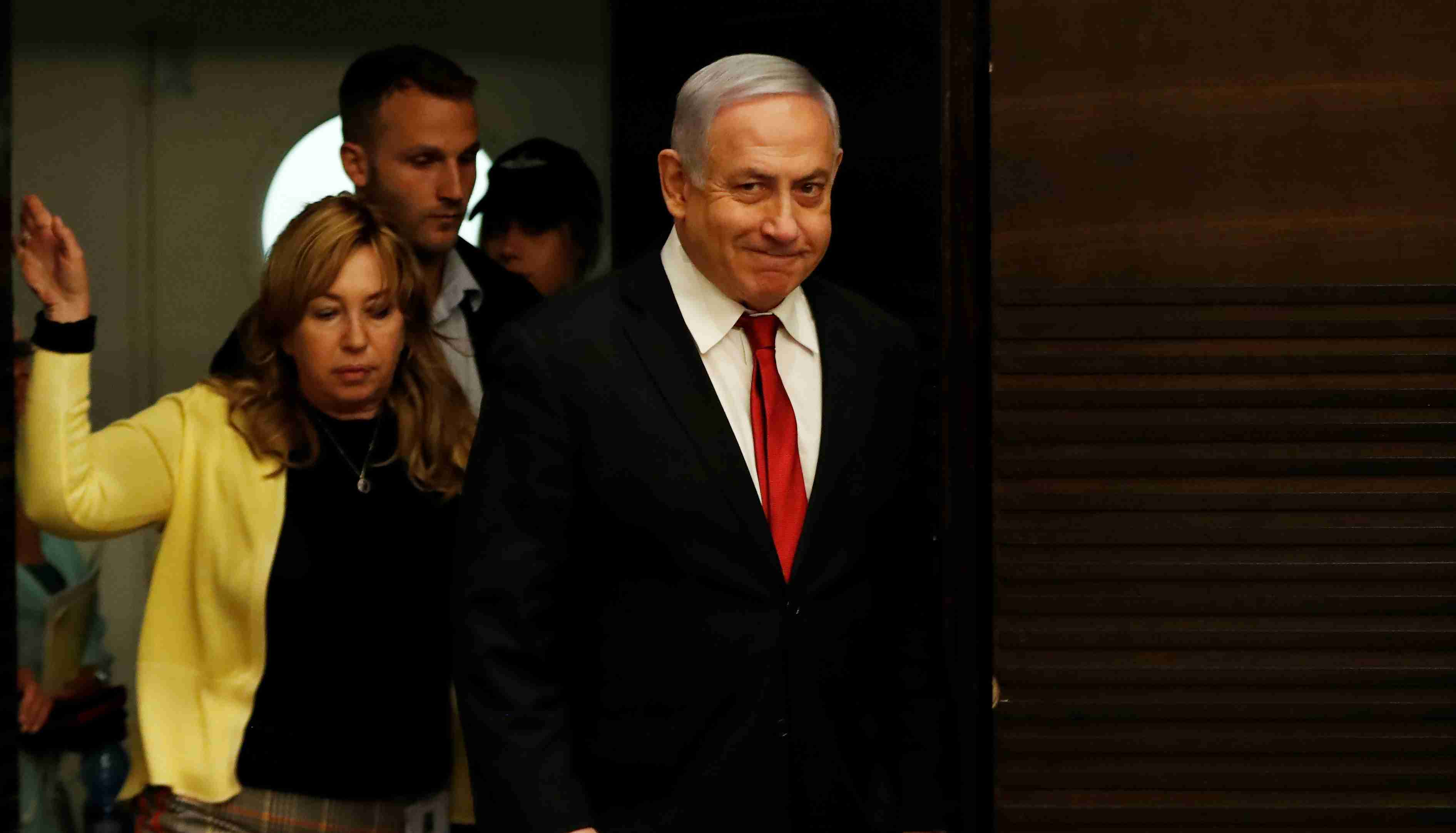 Israeli Prime Minister Benjamin Netanyahu arrives to deliver a statement during a news conference in Jerusalem September 18, 2019. REUTERS/Ronen Zvulun - RC164DDDFFF0