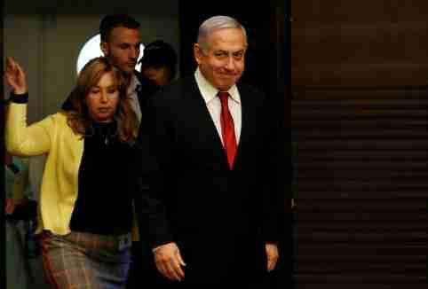 Israeli Prime Minister Benjamin Netanyahu arrives to deliver a statement during a news conference in Jerusalem September 18, 2019. REUTERS/Ronen Zvulun - RC164DDDFFF0